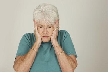 نگهداری از سالمند الزایمری