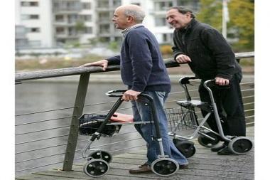 مراقبت از سالمندان واکر دار